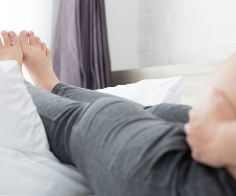 8 Natural Remedies for those Swollen Feet in Pregnancy